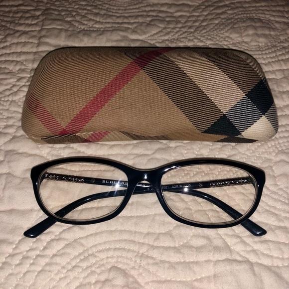 ee1e8a490a1 Burberry Eyeglasses 🤓